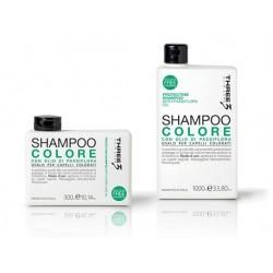 Three Protecting saugantis plaukų spalvą šampūnas